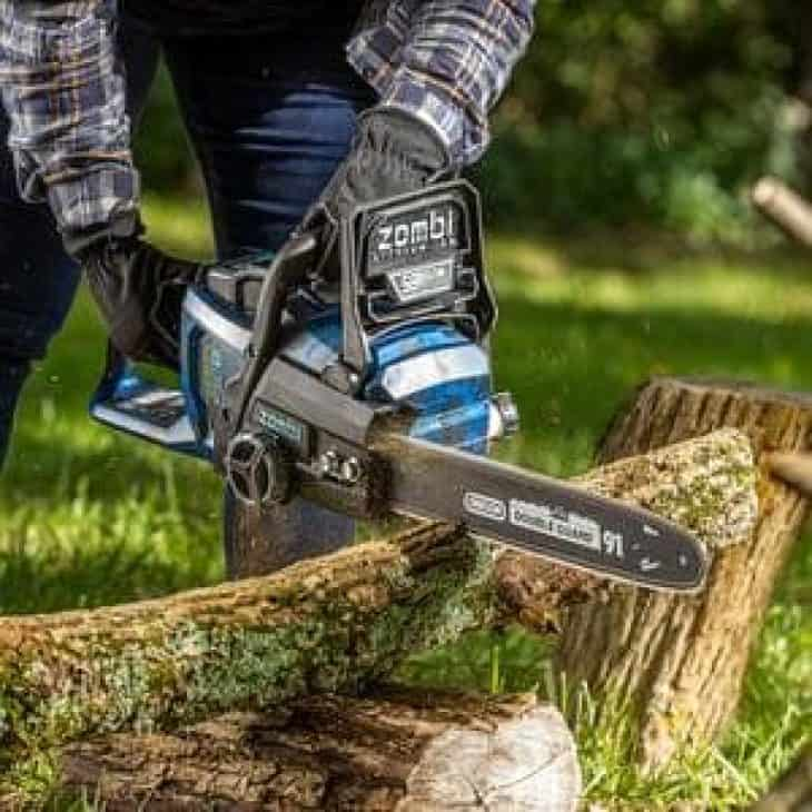 Zombi ZCS5817 58V cutting firewood