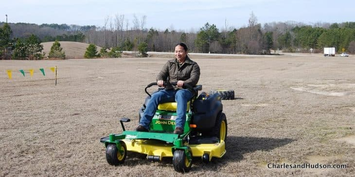 john deere zero turn lawn mower