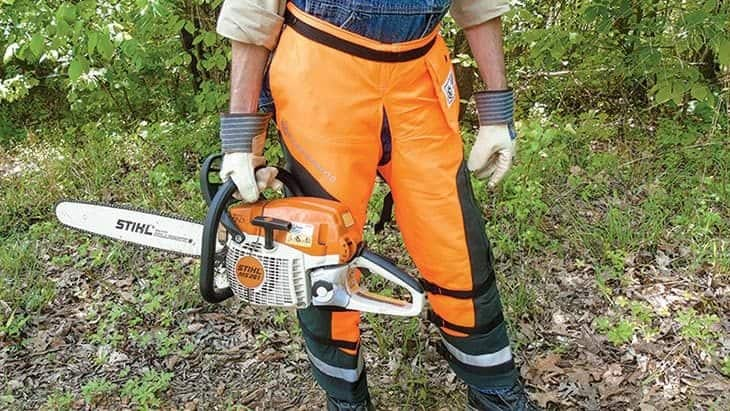 what are chainsaw chaps